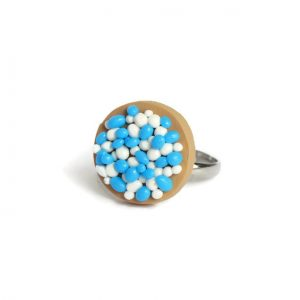 beschuit met muisjes blauw jongen ring