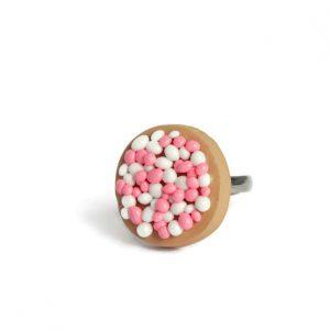 beschuit met muisjes meisje roze ring