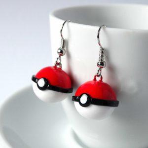 Pokemon pokebal oorbellen