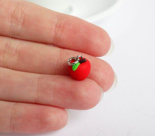 Rood appeltje bedel