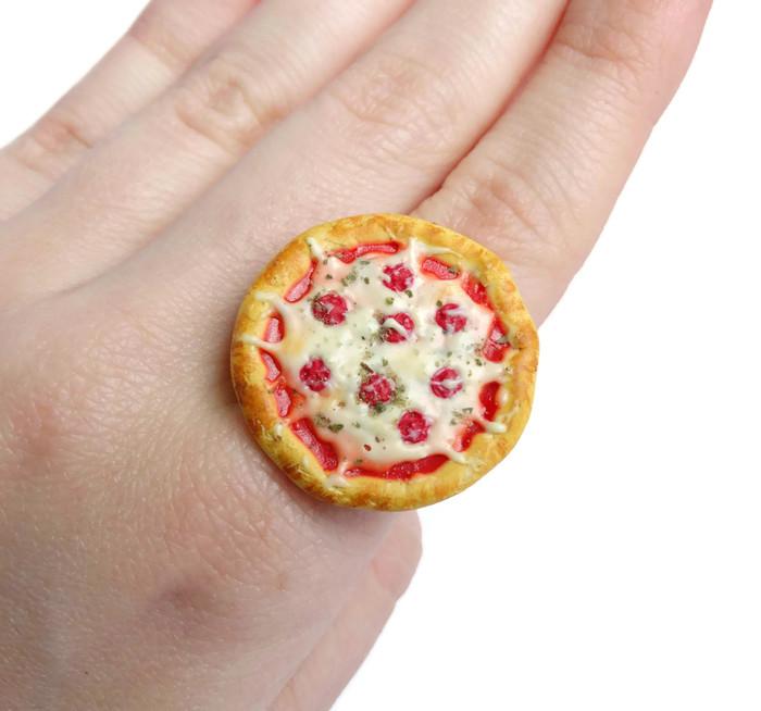 pizzaringheel2