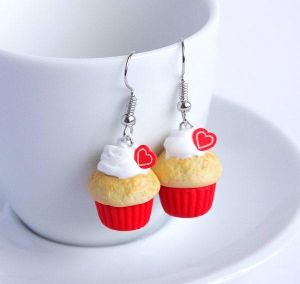 Rode cupcake oorbellen